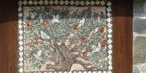 """Декоративно мозаечно пано """"Птици"""" в частен дом - детайл"""