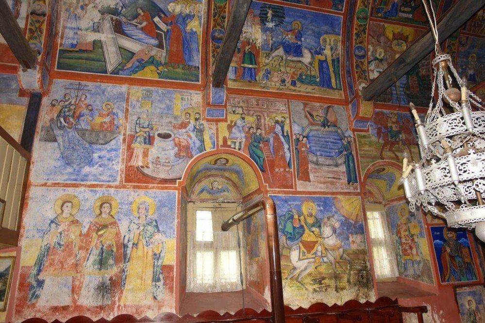 """Северната стена в """"Свети Харалампий"""" - преди реставрация"""