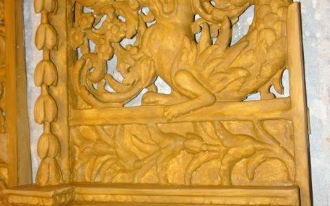 Детайл от царските двери по време на реставрация-подготовка за позлатяване-2