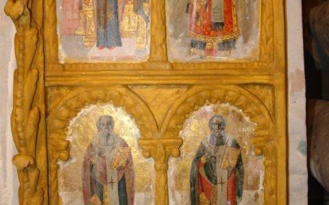 Детайл от царските двери по време на реставрация-3