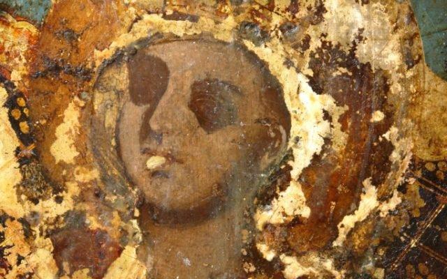 Иконата Св. Богородица детайл по време на реставрация - без нимбове