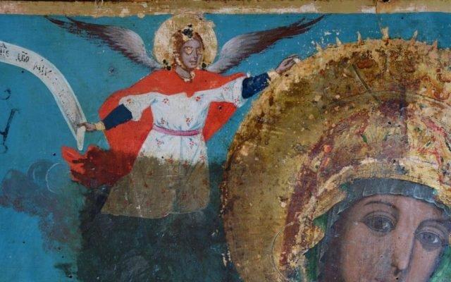 Иконата Св. Богородица детайл по време на реставрация-3