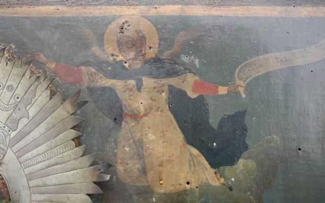 Иконата Св. Богородица детайл преди реставрация-4