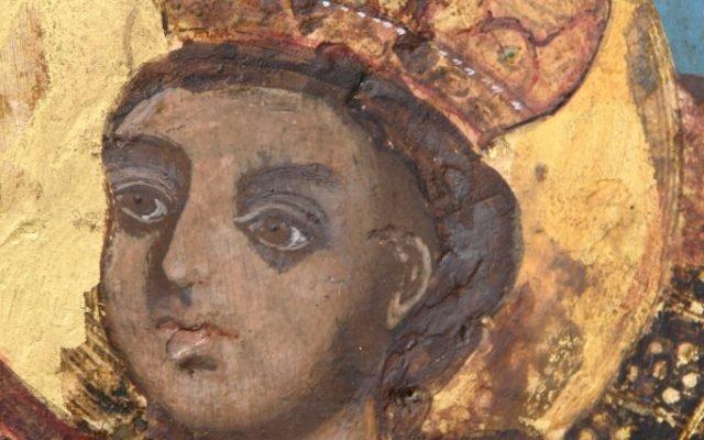 Иконата Св. Богородица детайл след реставрация