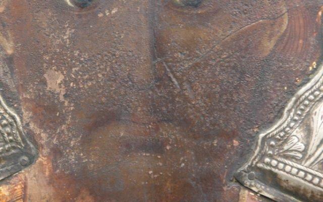 Иконата Св. Св. Три светители детайл преди реставрация-3