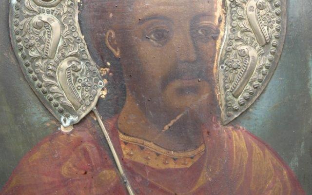 Иконата Св. Теодор Тирон - детайл по време на реставрация-3