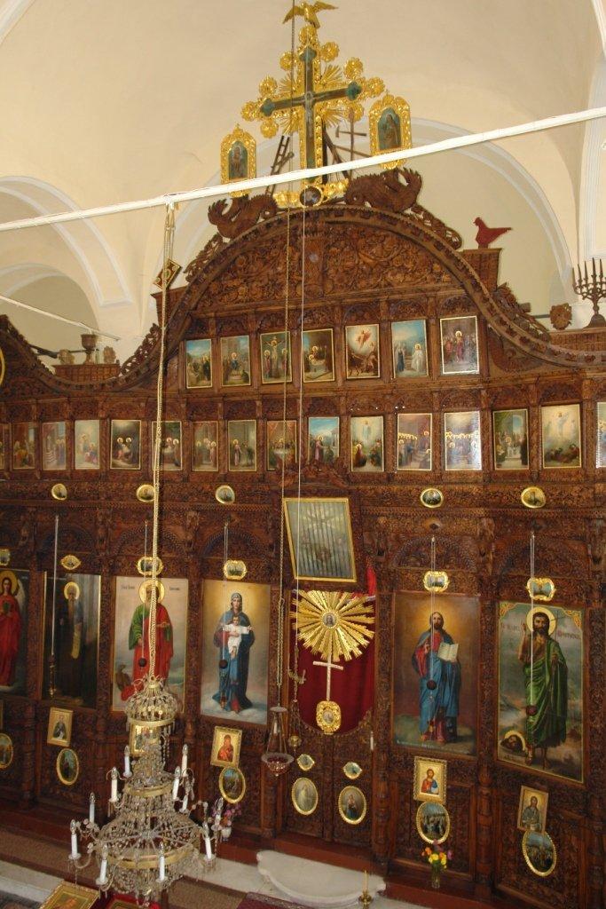 Иконостаса в хр. Св. Йоан Богослов - гр. Карнобат след реставрация