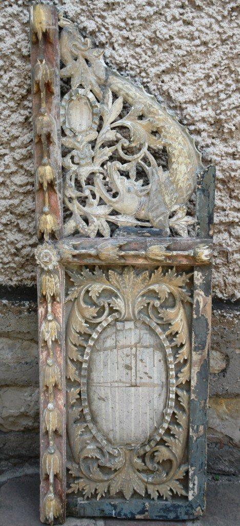 Царските двери по време на реставрация - укрепване