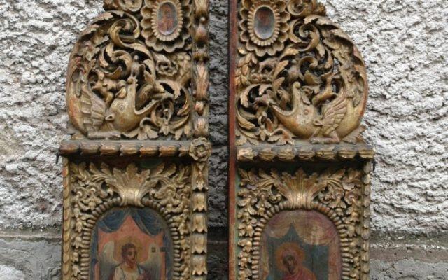 Царските двери преди реставрация