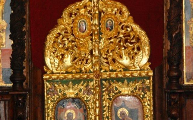 царските двери след реставрация