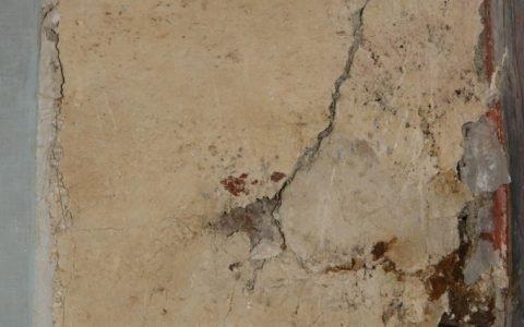 Детайл - след сваляне на стенопис-4