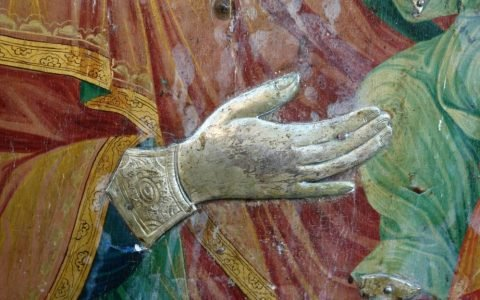Иконата Св. Богородица детайл преди реставрация