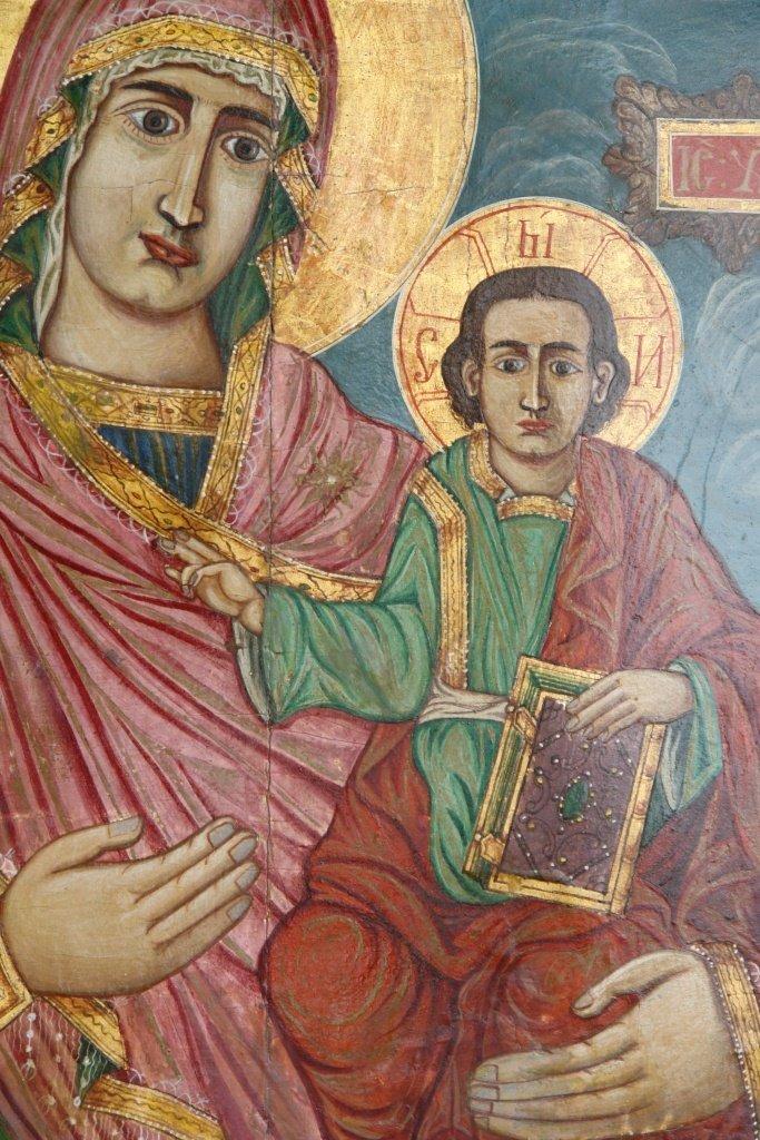 Иконата Св. Богородица - детайл след реставрация