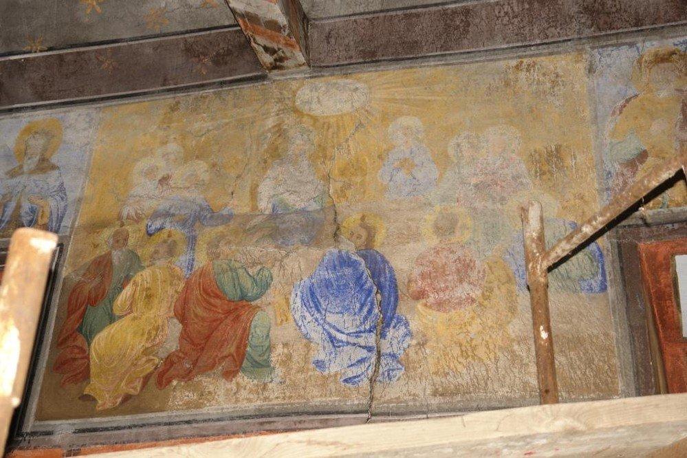 Северната стена в хр. Св. Теодор-Тирон преди реставрация - детайл
