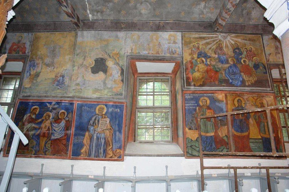 Северната стена в хр. Св. Теодор-Тирон след реставрация